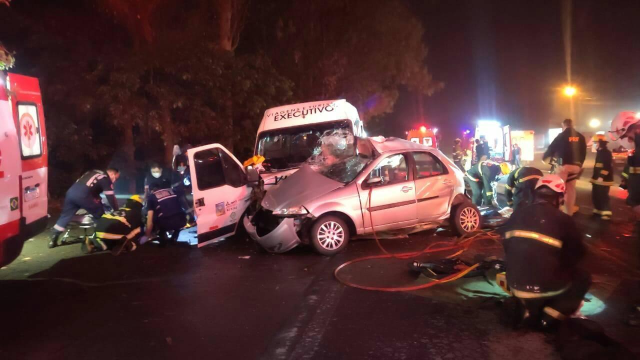 Tragédia mata três jovens e deixa oito feridos na BR-470 »PORTAL OESTE MANIA